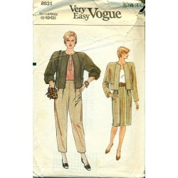 Vintage Womens Suit Pattern - Jacket Skirt & Pants - Vogue 8931