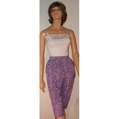 Vintage Womens Capri Pants - Lavender and Black Corduroy