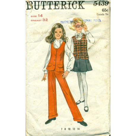 1970s Girls Tunic Vest Pleated Skirt & Pants Pattern - Butterick No 5439