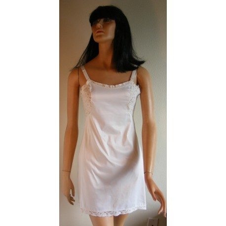 Short Full Slip White Lace 1970's
