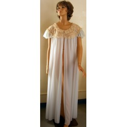 Womens Robe Vanity Fair Blue with Lace