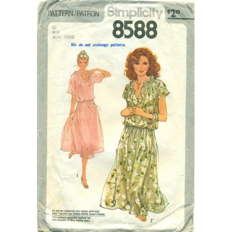 Pullover Dress Sewing Pattern 1970s