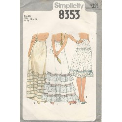 Petticoat Slip Pattern 8353