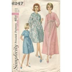 Womens Robe Pattern 1960s 6247